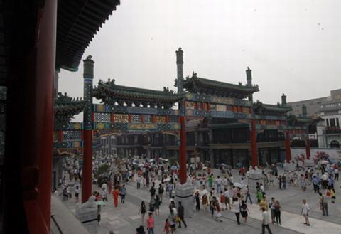 http://www.thebeijinger.com/files/u1384/Qianmen.jpg