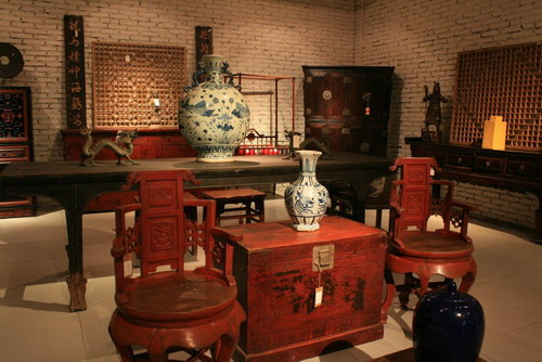 Best Shopping Sites >> Lily's Antiques Furniture (华伦古典家具) | the Beijinger