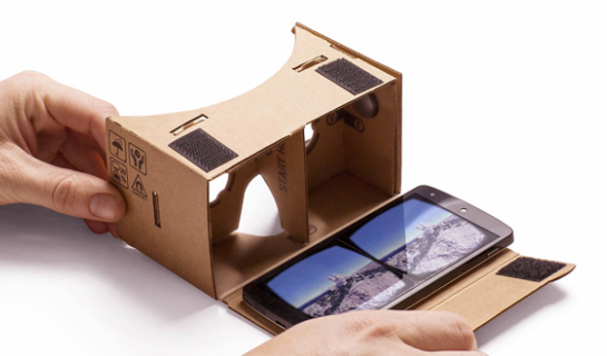 Turn Your iPhone into an Oculus Rift for RMB 25
