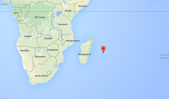 Possible Malaysia Airlines MH370 Wreckage Found Near Reunion Island: Report