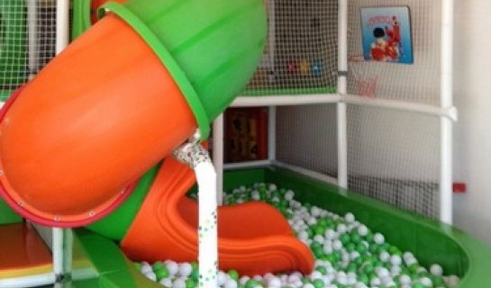 Lazyroo Kids Café: A Place Parents Can Enjoy While Kids Play