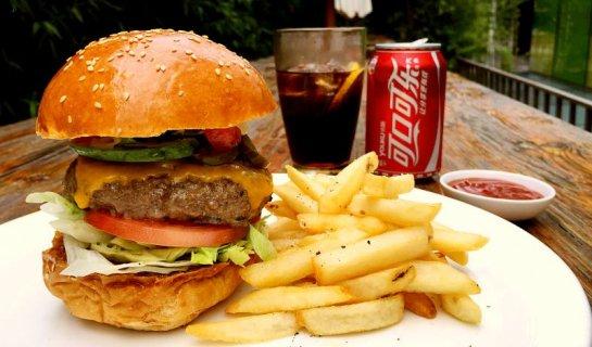 Burger Brief: Village Cafe, The Opposite House