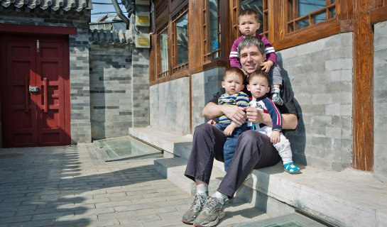Craig Watts, Single Gay Father of Three, Talks About His Life in Beijing