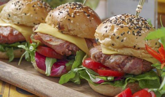 Burger Brief: New Beer and Revamped Food Menu at Steamrhino