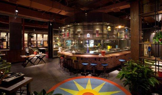 What's New Restaurants: Crab Girl