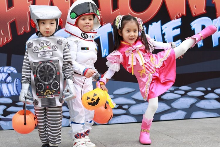 Get The Kids Dolled Up and Head On Over to Beijingkids' 10th Anniversary Halloween Costume Party