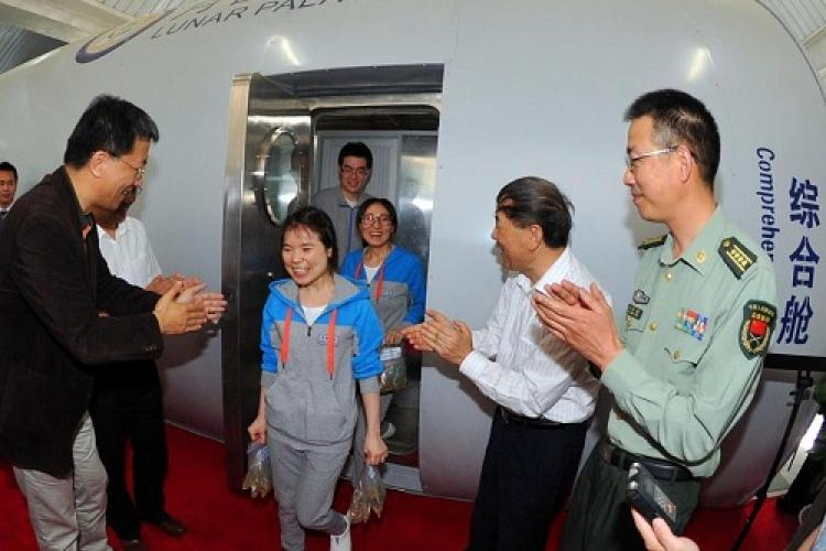 Beijing Scientists Emerge from 105 Days in Biodome