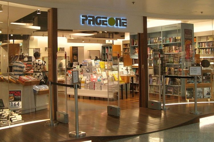 Fate of Beijing Branches Unknown as Page One Shutters Lasts of Hong Kong Bookstores