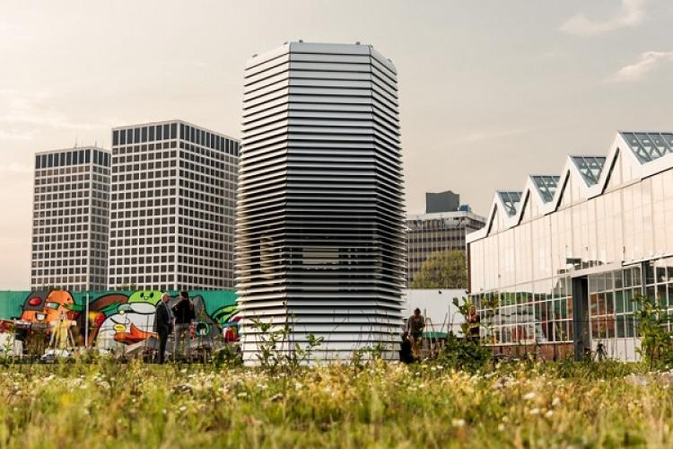 Smog-Eating Tower Comes to Life, and May Be On It's Way to Beijing