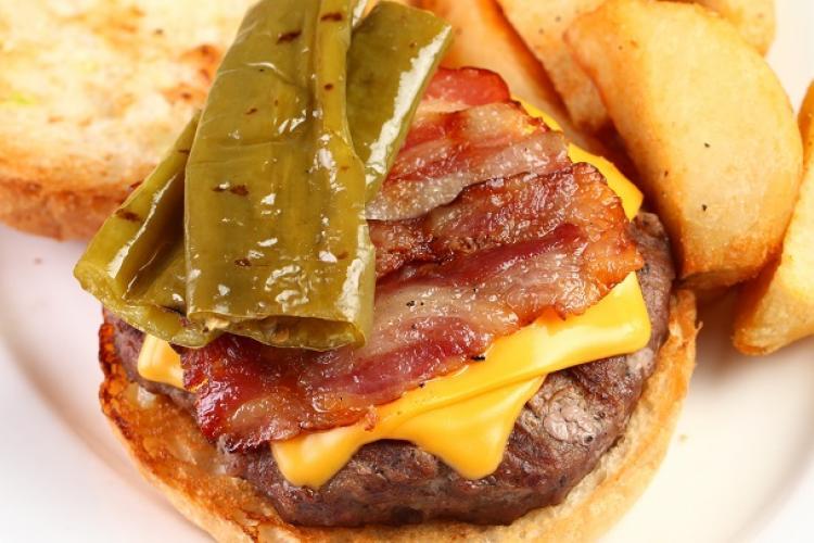 Burger Brief: Tim's Texas Bar-B-Q's Border Burger