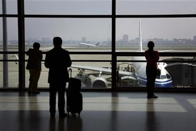Customs Official: 200 Foreigners Deported from Beijing in 2013