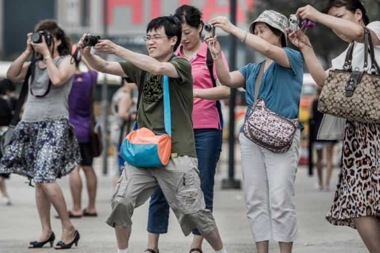 Chinese Tourists Outspend Foreign Counterparts by USD 77 Billion