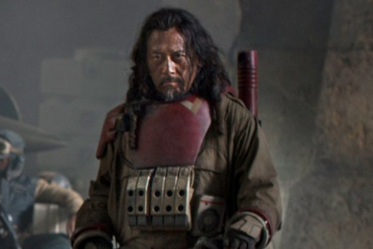 Watch a Beijinger Kick Ass in the New 'Star Wars' Movie, Opening January 6
