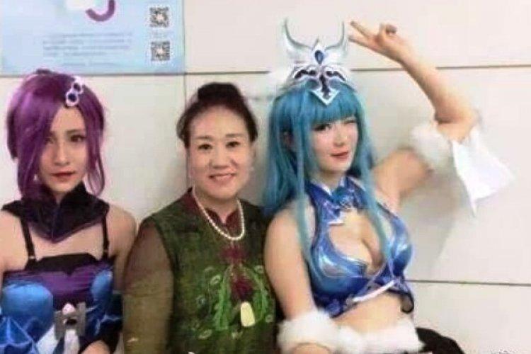 """Beijing Subway Cosplay Slut Shaming"" Revealed as Online Marketing Campaign"