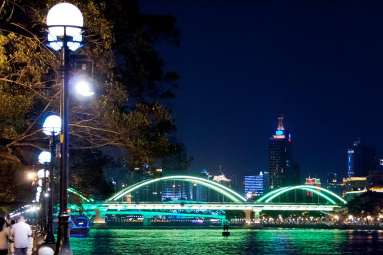 Guangzhou: Bargains and Buns in the Canton Capital