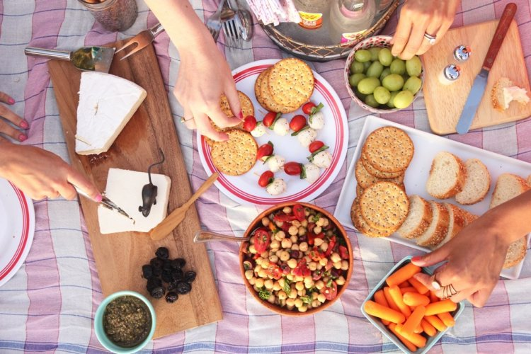 Practical Picnicking: Advice to Help You Pack Up And Head to the Parks