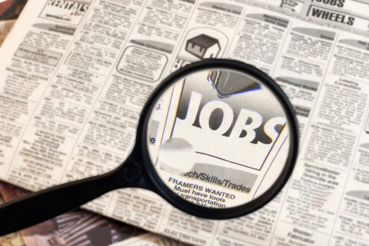 The Job Hunt: Sell Air Purifiers, Manage a Bar, Make Crazy Facial Expressions,