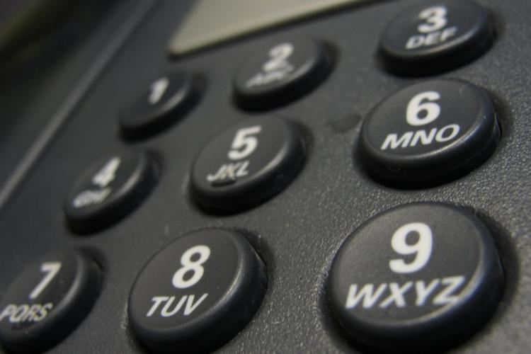 Beware of New Scam: 'Police' Calling People to Warn of Thieves Setting Up Fake Bank Account
