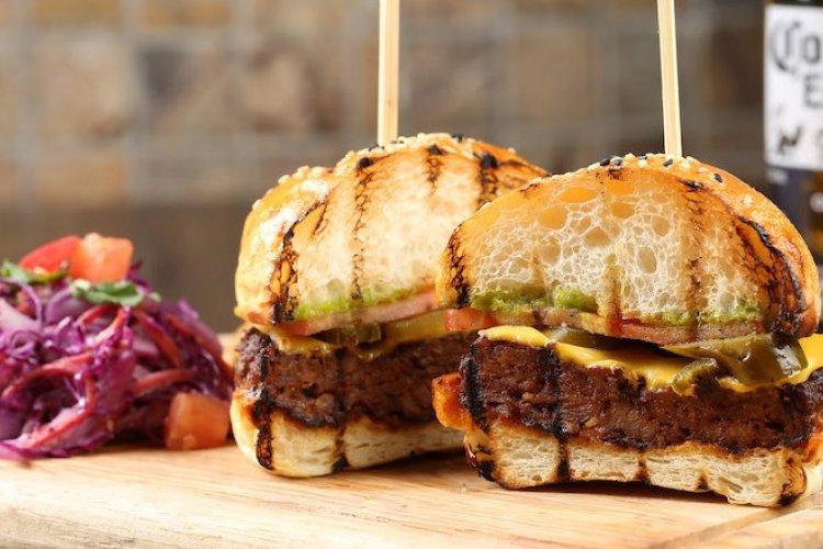 R1 Chorizo Burger, Seafood Jambalaya Pizza Look to Be Standouts on QMex's New Spring Menu