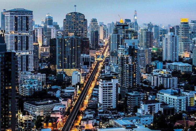 Thor Lor: Bangkok's Hot Old Neighborhood
