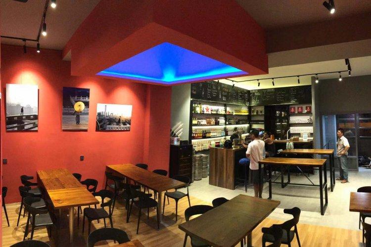 Booze News: Camera Stylo and Café de la Poste Revamps, Italian Wine Pop-Up, Mikkeller Tap Takeover