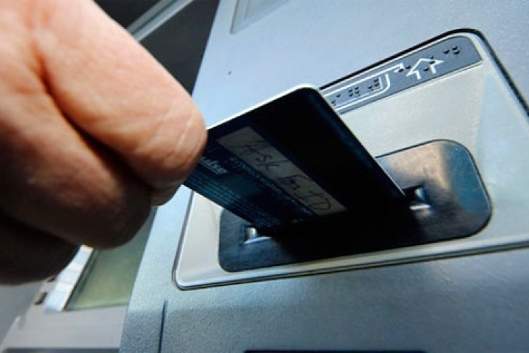 The Bottom Line: The Basics of Banking, Mobile Payments, and Money Transfers in China