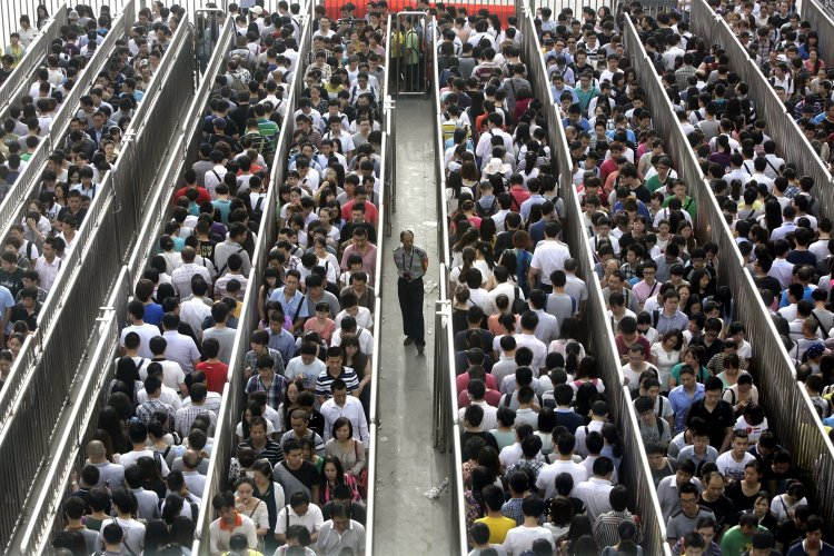 The 5 People You Meet on the Beijing Metro