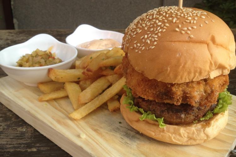 Burger Brief: Big Smoke Bistro's Portabella Blue Cheese Burger