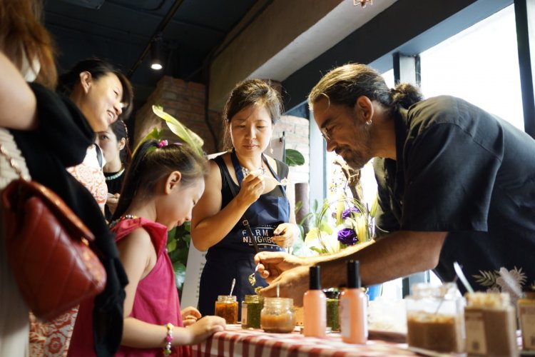 This Week in Health and Fitness: Kocoon Turns 8, Farm to Neighbors in Taiyanggong