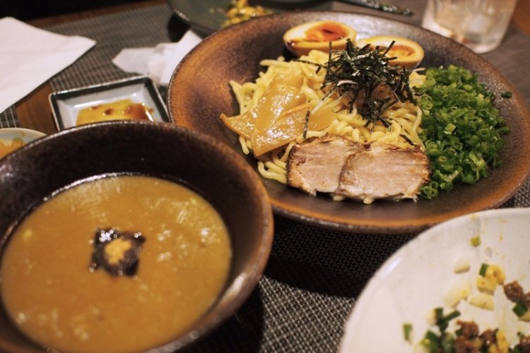 Punk and Hearty Noodles at Maizidian's Qimianting