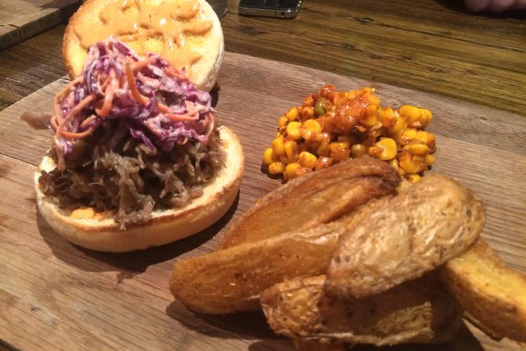 Burger Brief: Q Mex's Carnita Burger