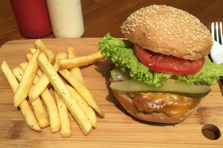 The Best Vegetarian and Vegan Burgers in Beijing