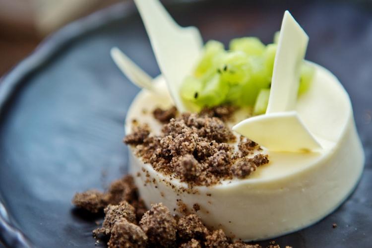 Hatsune Teams up with Brian Mckenna for New Dessert Menu