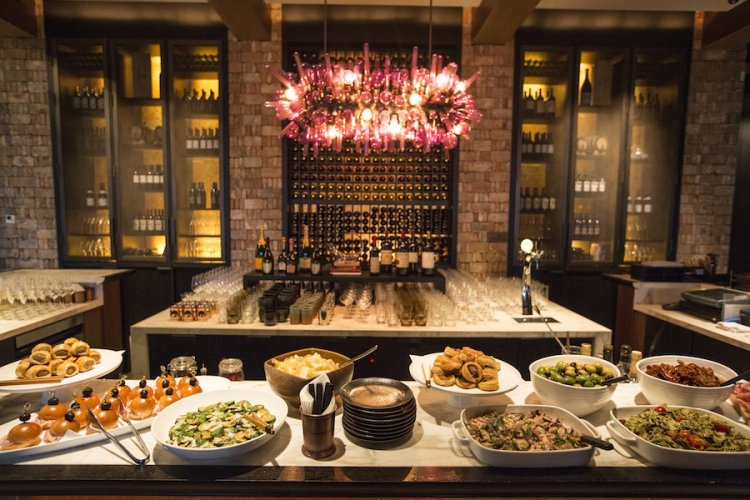 A Closer Look at the Bar and Club Awards: Best for Wine