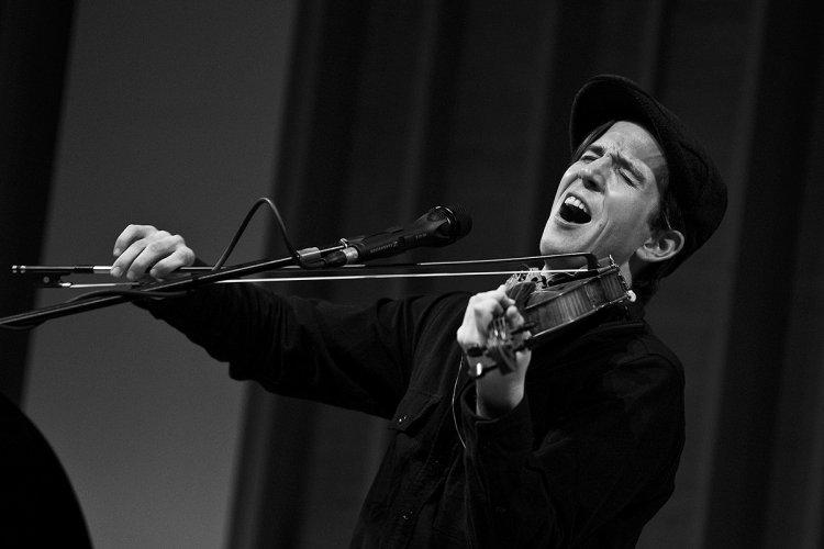 DP Oscar Nominated Indie Rocker Owen Pallett to Perform in Beijing This Spring