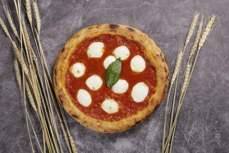Mercante and Fiume Veteran Omar Maseroli Opens Impressive Gourmet Pizzeria Lievito Near the Liangma River
