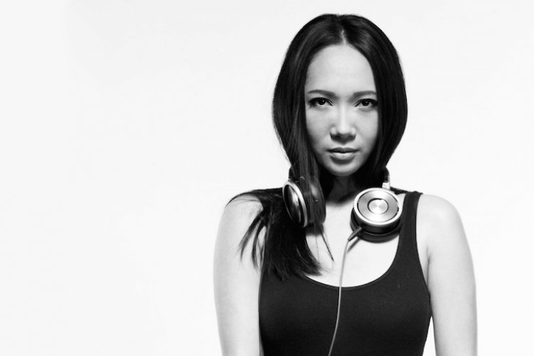 """Don't Touch Me, I Just Want to Dance!"" Q&A with Empowered DJ Diva Li Ahead of Lantern EP Release Tonight (Apr 20)"