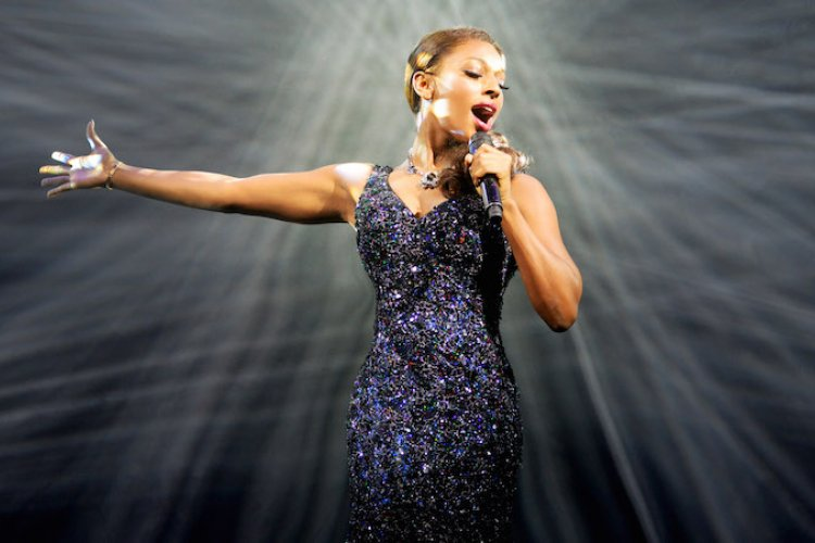 """I Will Always Love Yooooou..."" Sing Along With Your Favorite Whitney Hits at The Bodyguard Musical (July 22-30)"