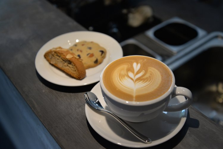 R: Review: New Dongcheng Cafe The Corner Serves Fantastic Imported Coffee
