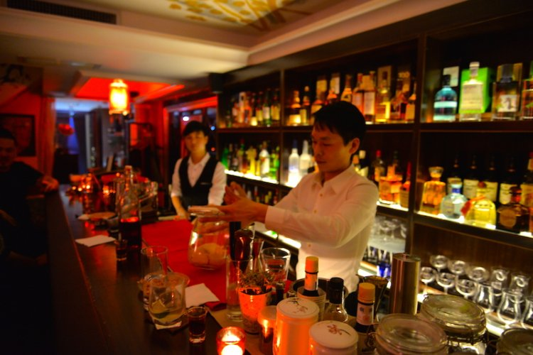 R Aptly Named House Bar Brings Woozy, Uncouth Hospitality to Yoolee Plaza