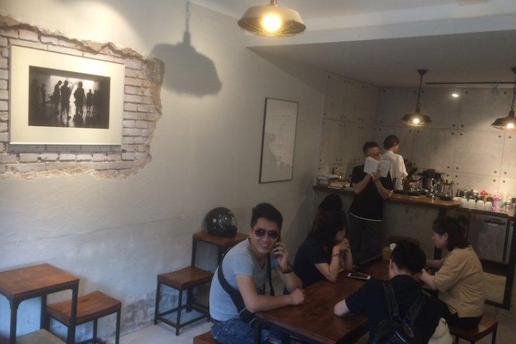 Analog Brews No Frills Coffee at NLGX
