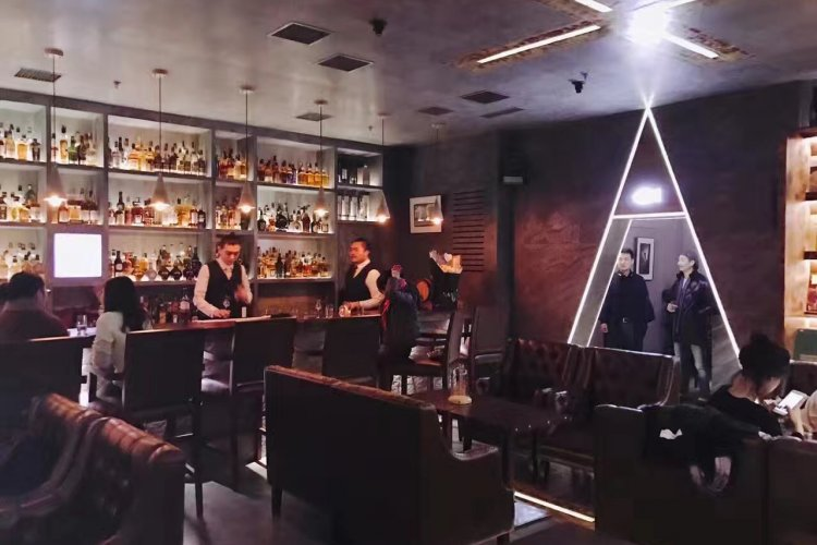 DP Fugue Hopes to Whet the Appetite of Sanlitun Whisky Fiends with Hundreds of Malty Options
