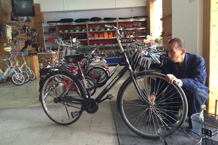 DP Will Mobike, OFO and Other Shared Cycles Leave Old Fashioned Bike Shops in the Dust?