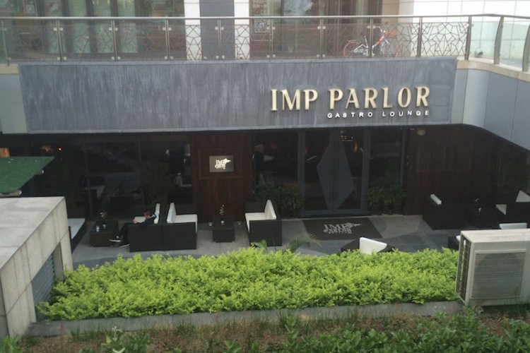 R Imp Parlor Limps Lamely Along to Sanlitun F&B Obscurity