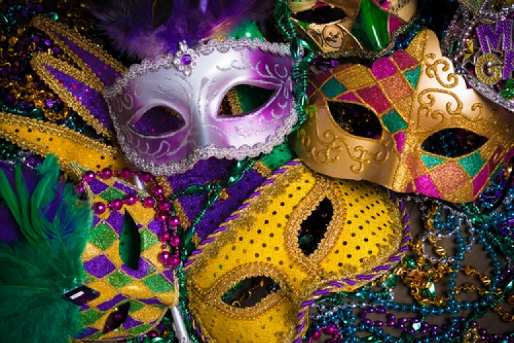 R Mardi Gras Madness! NOLA, DDC, and Caravan Hope to Help You Get Fat and Have Fun this Tuesday