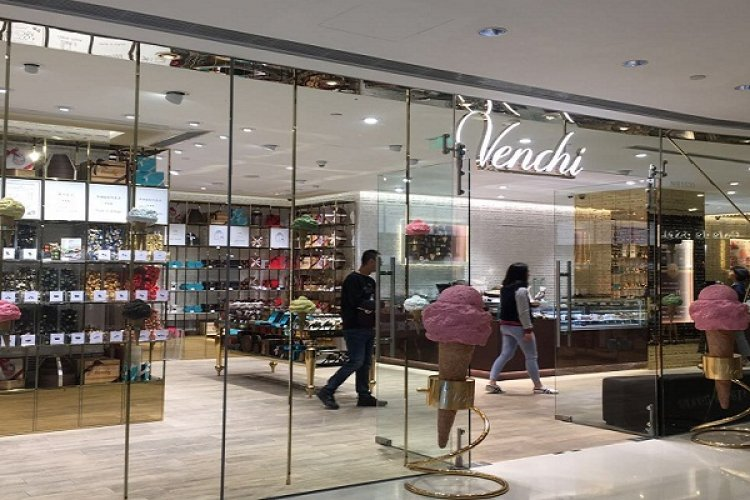 Venchi is a Crack-Hub For Chocolate Lovers, If You Have Patience Like Saint