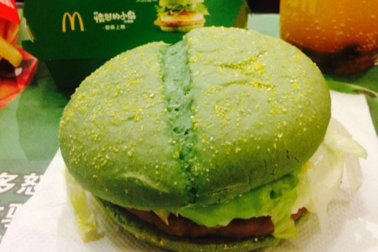 McDonald's Unveiled Green and Red Angry Birds Burgers, But You Can Never Get The Red OneMcDonald's Unveiled Green and Red Angry Birds Burgers, But You Can Never Get The Red One