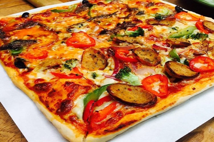 Pizza Profile: 13 Years of Dishing Up at Hutong Pizza