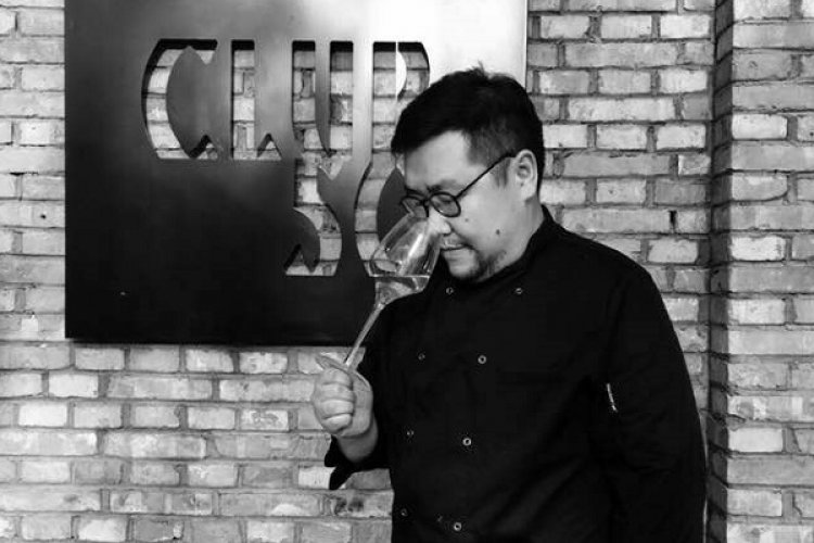 From a Sommelier to a Chef: Zhenzhe Gao Opens Club 50 to Serve French Family CuisineFrom a Sommelier to a Chef: Zhenzhe Gao Opens Club 50 to Serve French Family Cuisine