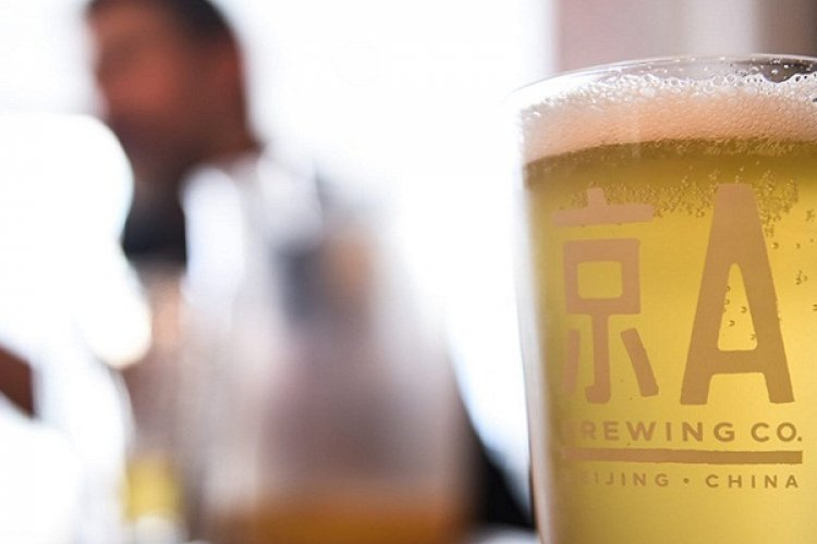 What's Up in Beer: Your May Holiday Drinking Guide with New Brews, Old New Brew, and Deals